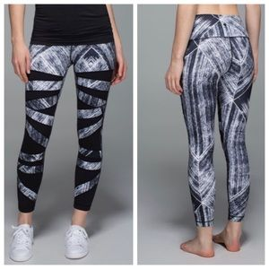 Lululemon High Times Pant White & Black Heatwave 4